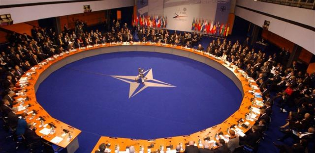Debata na téma: 20 let v NATO, stálo to za to?