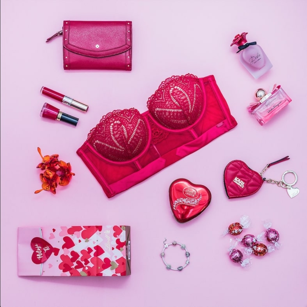 Valentýnský víkend plný dárků, soutěží a mimořádných slev ve Fashion Arena Prague Outlet
