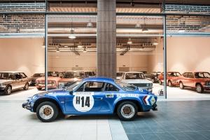 Výstava automobilů Engine Classic Cars Gallery